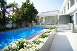 Luxurious 4+1 Bed Detached House with pool
