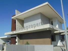 Featured Modern Luxury 2 story detached house