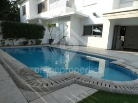 Beautiful Semi Detached House at Engomi/Makedonitissa with swimming pool