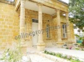 LISTED HOUSE NEAR PRESIDENTIAL PALACE