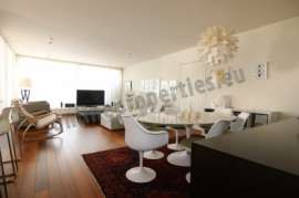 ONE OF A KIND TOP FLOOR APARTMENT IN EGKOMI
