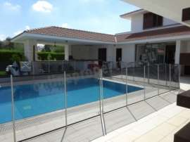 Luxury 5 bedroom Villa with swimming pool