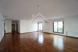 Ground floor 280 sq.m. 3bedroom flat